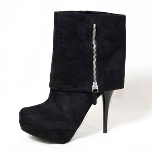 Candie's Shoes - Black faux suede Candies heel booties